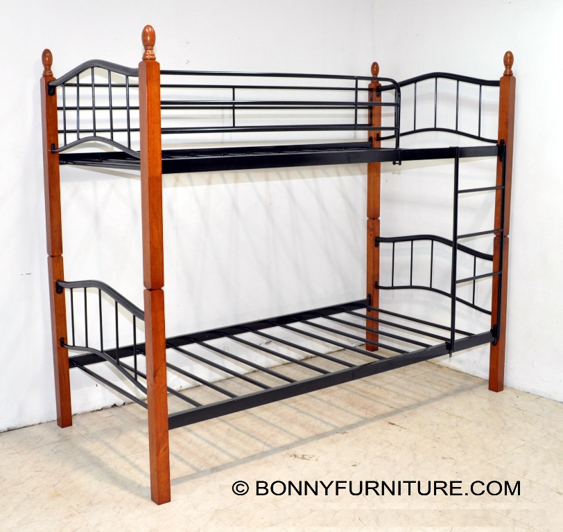 Double deck steel bed with wooden post 13888 bonny for Room design double deck