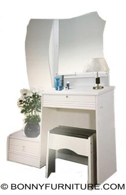 ed6011 dresser with stool