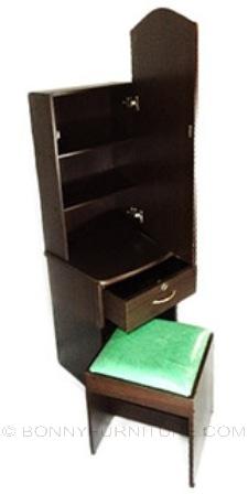dresser 007 green stool
