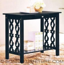 maxinne console table